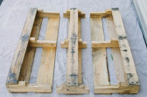 DIY PALLET SHELVES - THE KINDRED STREET 2