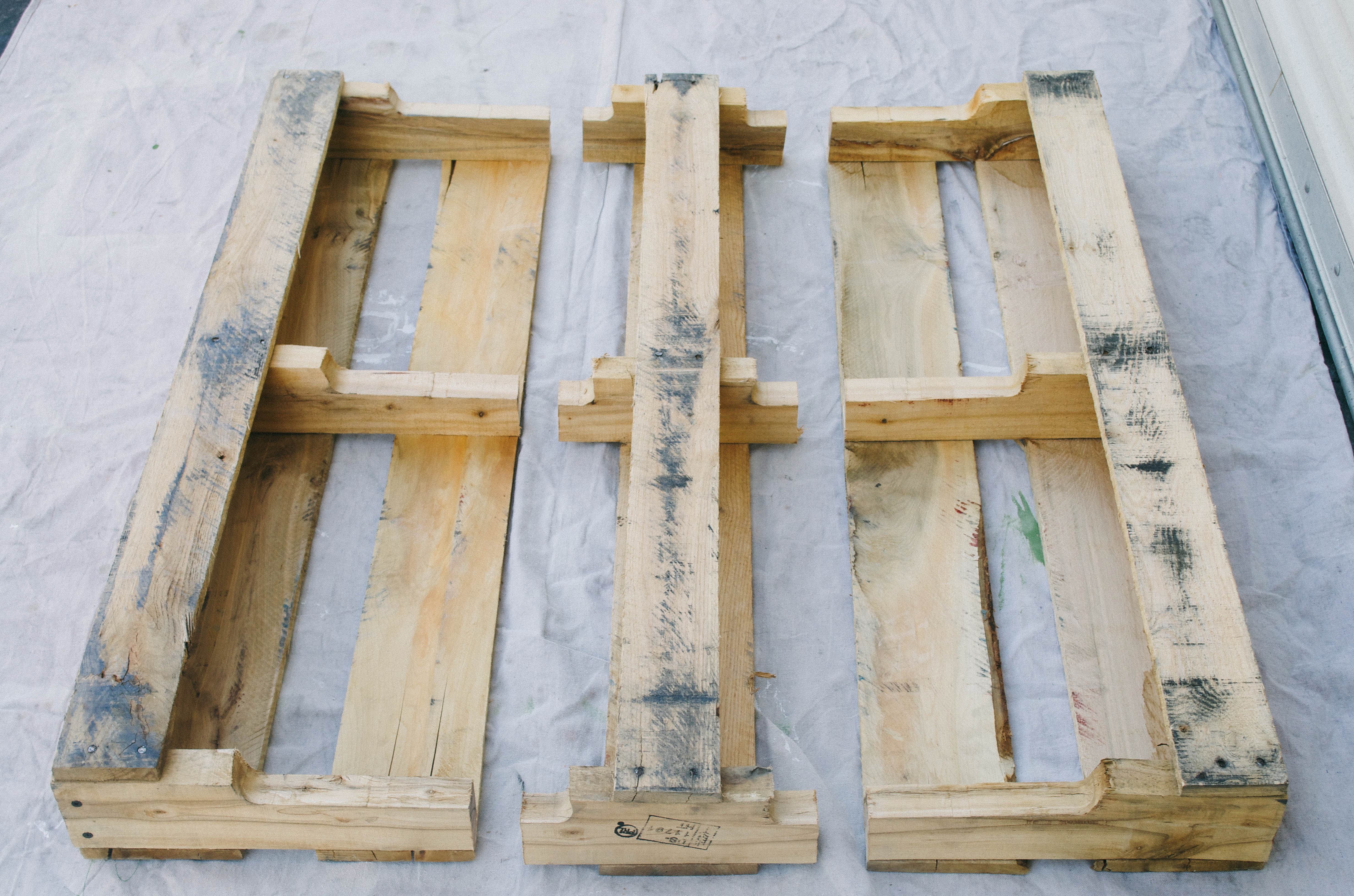 Pallet Shelves Diy The Kindred Streetthe Kindred Street