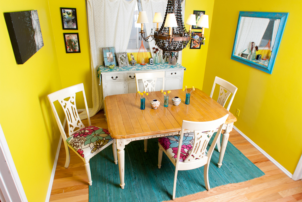 Beach Bungalow Apartment: Kendal's Space